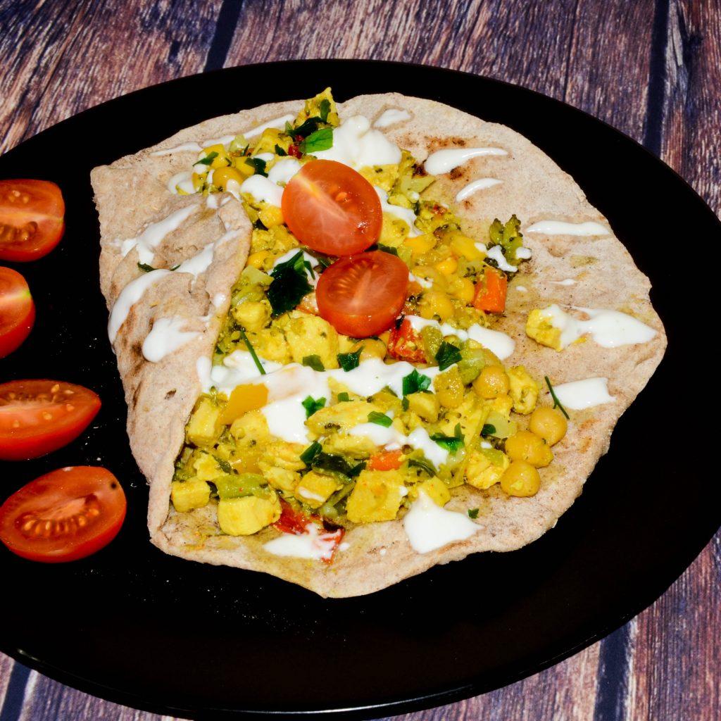 Tortilla s kuracím mäsom a zeleninou