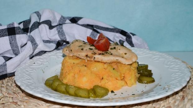 Paprikové zemiaky s bylinkovým mäskom